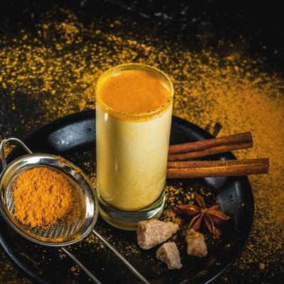 kurkuma-goldene-milch